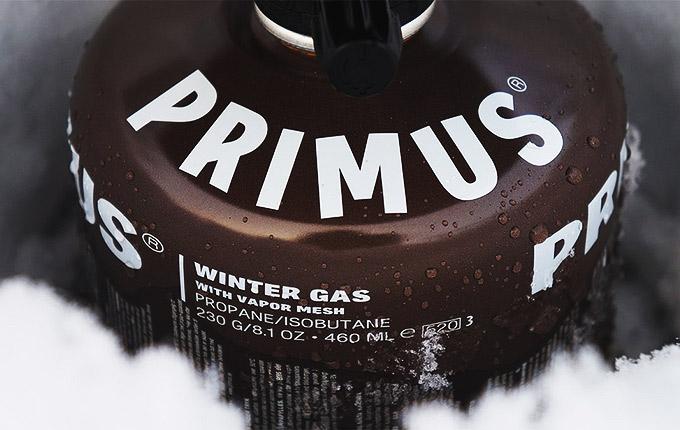 Primus Winter Gas -talvikaasu toimii jopa -22 °C pakkasessa