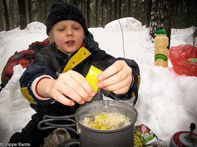 Kuivattu ruoka on hyvä valinta talviretkeilyssä