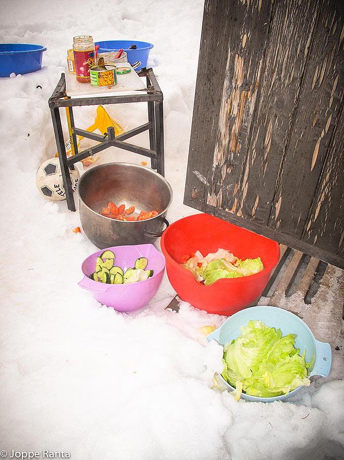 Salaattia talviretkellä