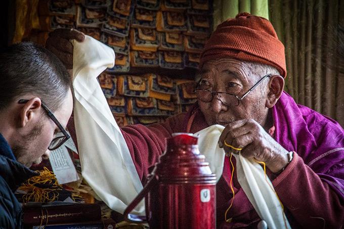 Sairasta menoa Himalajan rinteillä