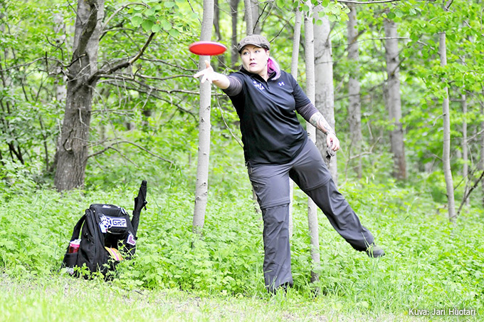 Kun frisbeegolf vie mukanaan – varusteet ja vinkit