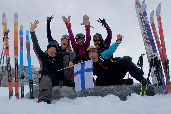 Grönlannin ylitys hiihtäen