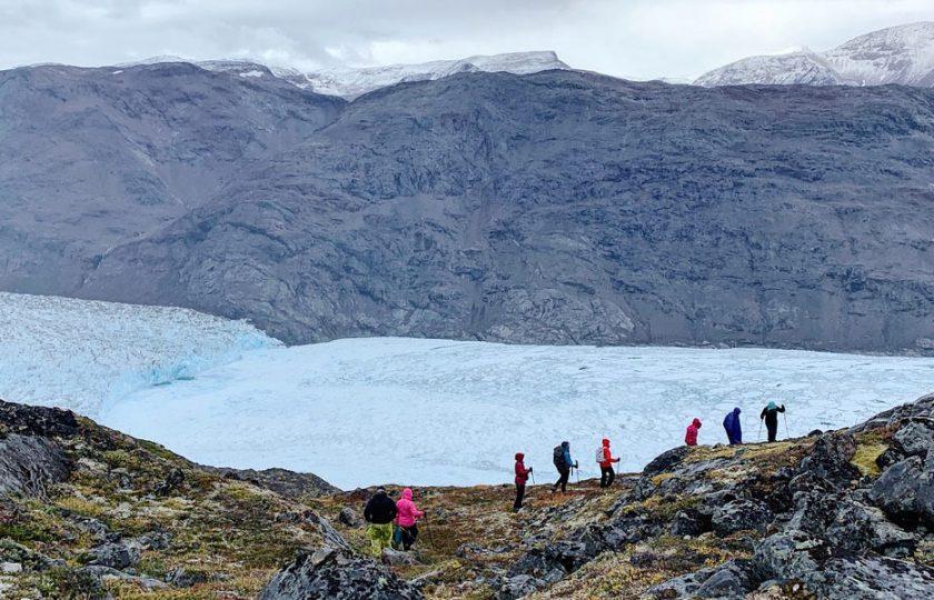 Upea, eristynyt Grönlanti – klubilaisten vaellus maailmanpolitiikan polttopisteeseen