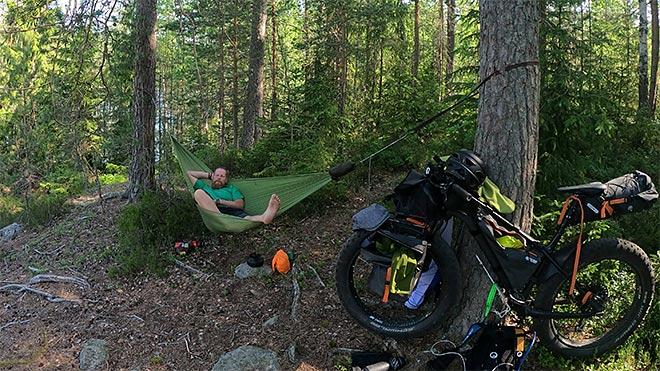 retkipyörällä luonnon rauhaan